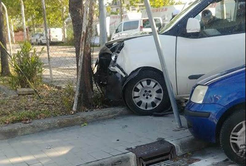 Ennesimo incidente incrocio via Alfortville, il Comune corre ai ripari